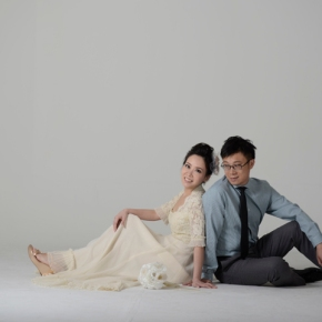 Colles & Raymond Pre-Wedding(Studio)